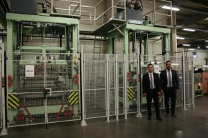 Laminating plant at the customer with CEO Andreas Koller and Factory Manager Hajdu Sven (f.l.t.r.)