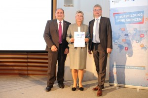 The prize was awarded by Hans Peter Wollseifer, President of the German Confederation of Skilled Craft and Dr. Achim Dercks, Deputy Managing Director of the Association of German Chambers of Commerce and Industry.