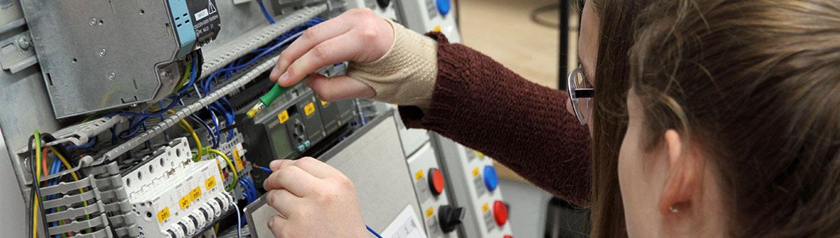 career-students-pupils-internship-spangler-automation